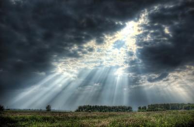lichtisleven-7-2017-zondag-bewolkt-met-zon